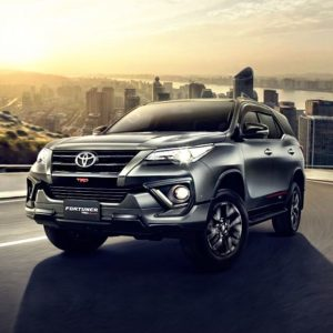 Toyota Fortuner 2.7 TRD AT
